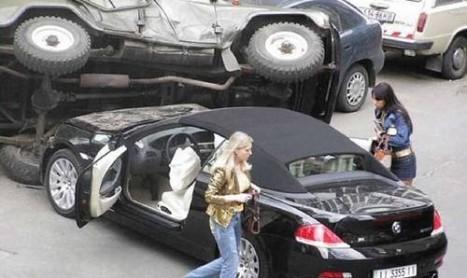 I parcheggi affollati fanno diventare le persone bastarde